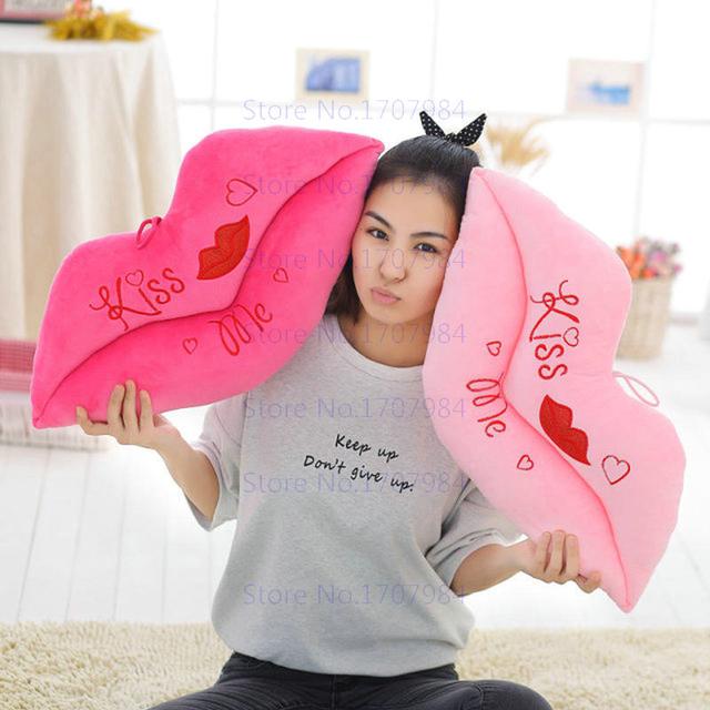 Me beijar Os Lábios Vermelhos de Pelúcia Brinquedos Dos Desenhos Animados Almofada Macia Travesseiro Namorada Presente de Casamento Dos Namorados