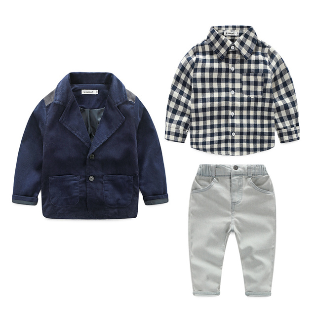 2015 nova primavera meninos jeans bonita desgaste roupa dos miúdos se adapte às crianças meninos jaqueta + camisa xadrez + calça jeans 3 pcs Conjunto de Roupas