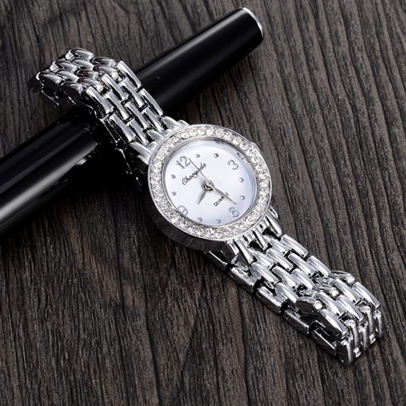 Women CYD Watch New Elegant Luxury Quartz Fashion Casual Watch Carved Patterns Bracelet Relojes hot sale