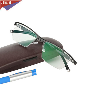 Image 3 - 2019 erkekler tarzı titanyum alaşımlı kaliteli fotokromik presbiyopi erkek gözlük moda kare yarım jant klasik okuma gözlüğü için