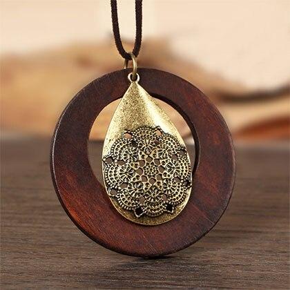 vintage woman Necklaces jewelrys