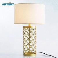 Amerikanischen Land Haus Eisen Phantasie Gold Tischlampe Nordic Einfache Kreative Wohnzimmer Dekoration Schlafzimmer Nachttischlampe Tuch