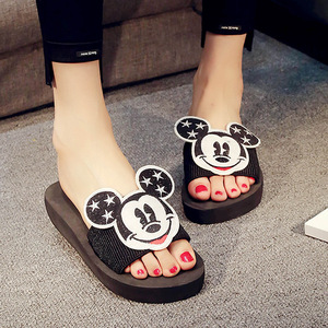 2019 Disney coréen le smiley dessin animé pantoufles tenue de femme marée plat sandales et pantoufles dessin animé Mickey plat glisser le mot glisser(China)
