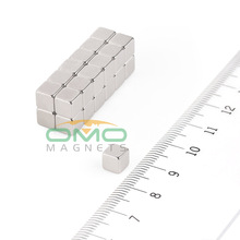 OMO MAGNETS 100pcs Strong Block Cuboid Magnets Rare Earth Neodymium Magnet Disc 5 x 5 x 5 mm Block N50 Grade
