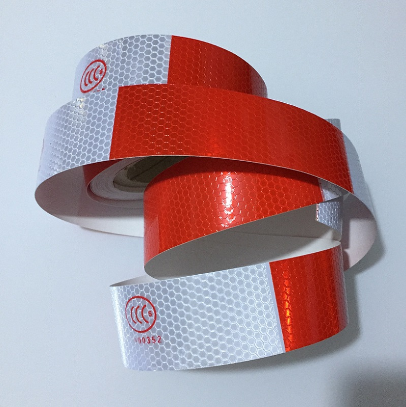 5cm*28.5m High Visibility Red Add White Self-adhesive PVC Warning Tape