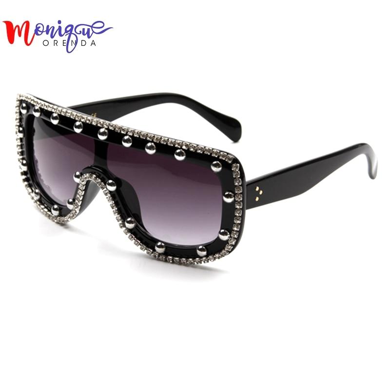 2016 Nova Moda óculos de Sol Shades Ladies Mulher Bling Strass Oversized  Óculos De Sol Do Punk Do Vintage Grande Óculos de Sol Gafas mujer a8ad0b0cf3