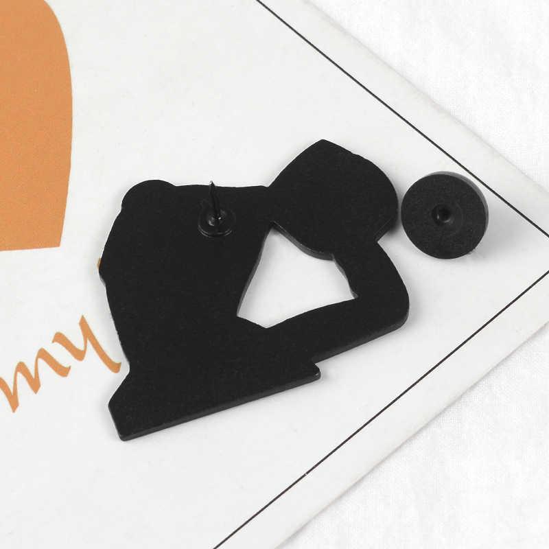 11 stili Rana Pepe Smalto Spilli Divertente Espressione Del Viso Spille Risvolto Spille Distintivi e Simboli della Cultura Pop Spilli Rana Dei Monili di regalo per gli amici