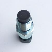 1 STÜCK 03.17.018 0317018 Sensor  geschwindigkeit/RPM  kilometerzähler Sensor  speed sensor für VOLVO  24 V  4 PINS