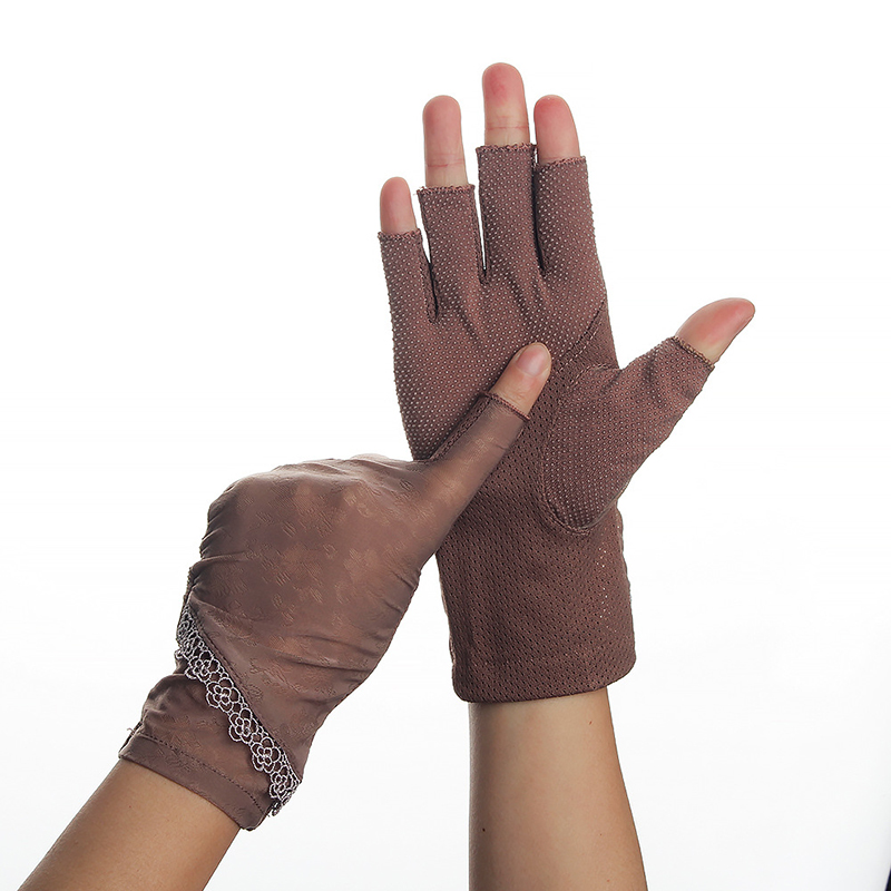 Half Fingers Gloves Women Summer Stretch Thin Fingerless Driving Gloves Ice Silk Semi-Finger Anti-Slip Sunscreen Anti-UV Glove