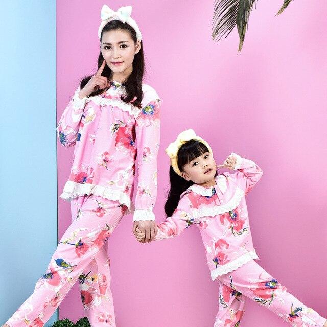 Семейные Рождественские пижамы детские пижамы для девочек соответствия мать и дочь одежда дети пижамы 2016 печати Домашней одежды