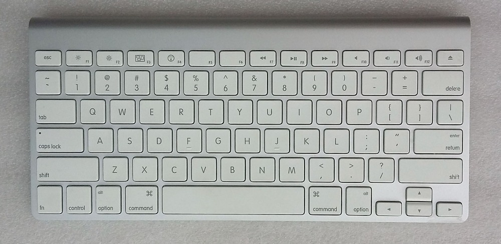 A1314 MC184LL/A US Bluetooth Wireless Thin Keyboard for Notebook laptop,Tested And Works