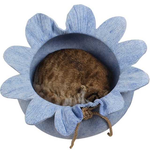 Gomaomi Handcrafted Puppy Cat Bed Cave Felted House for Cats and Small Dog