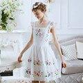 Primavera verão nova chegada bordados de flores arco cordão fluido rendas fresco branco princesa one piece-dress