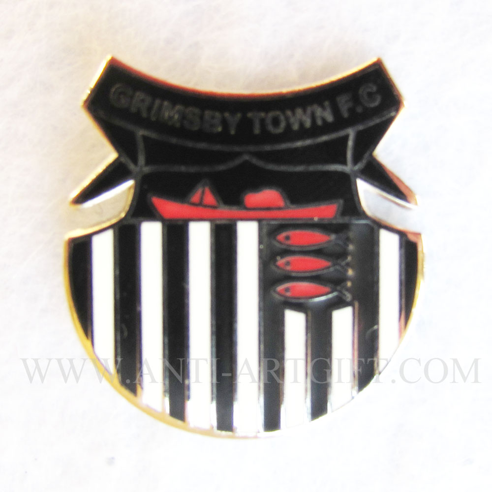 custom 2017 newest hard enamel lapel pins black dye metal football club logo metal badges red