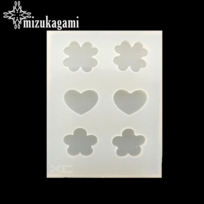1pcs UV Resin Jewelry Liquid Silicone Mold Cute Clover Heart Flower Resin Molds For DIY Necklace Pendant Charms Making Jewelry