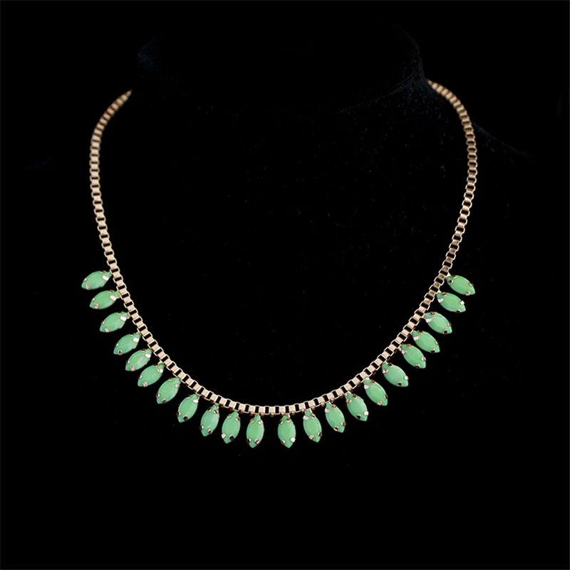 Women Special store Gold alloy Acrylic stone short chokers necklace clavicle chain