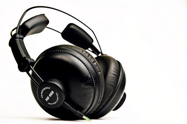 Superlux HD669 Professional Studio Standard Monitoring Headphones noise isolating Game Music Headphone sports earphones Headset brand new original superlux hd330 headphone professional monitoring semi open dynamic noise isolating over ear dj hifi headset