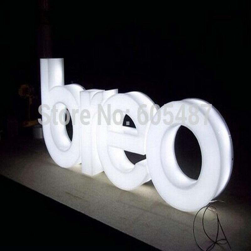 telefone móvel ao ar livre 3D letras iluminadas