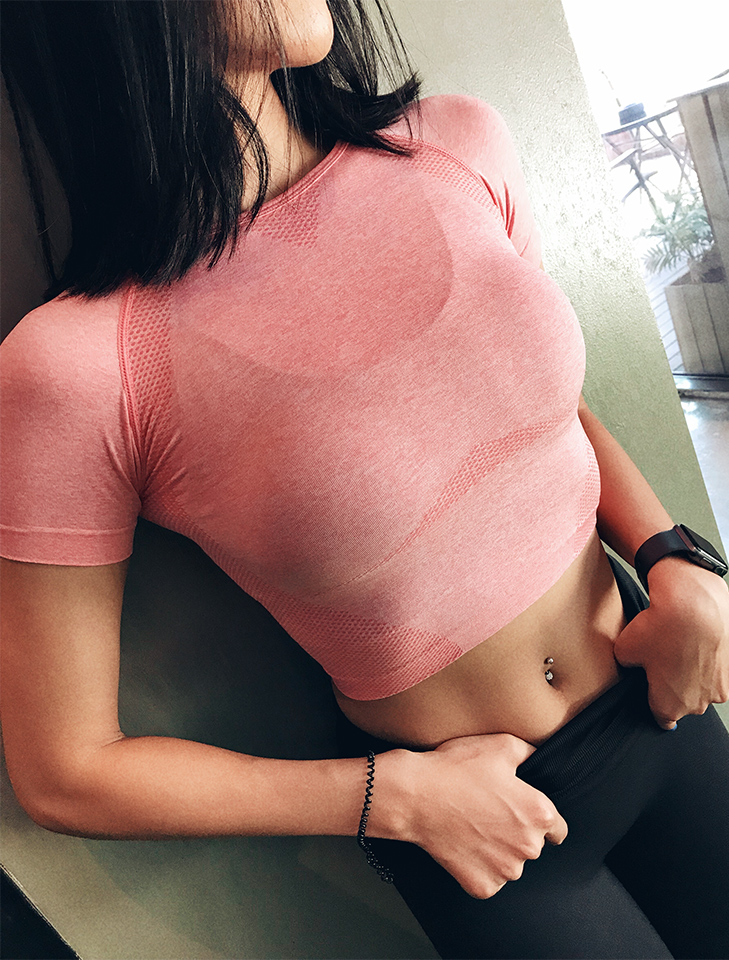Women Seamless Sport Crop Top Yoga T-shirt Running Sexy Fitness Crop Top Sportwear Gym Workout Clothes