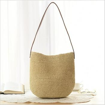 2018 Famous Designer Ladies Woven Knitting Messenger Bags Simply New Summer Bohemian Women Straw Beach Shoulder Bag Mini bag.