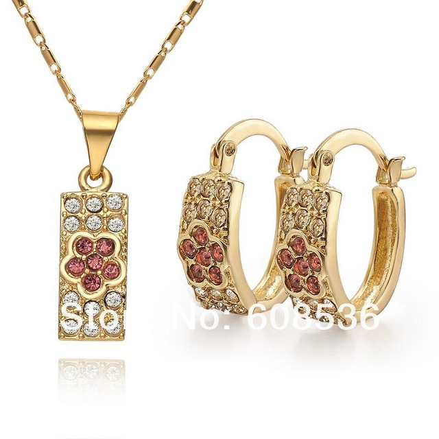 high quality. Free shipping wholesale - Gold plated CC color Rhinestone Crystal  jewelry set. Factory price. ss007