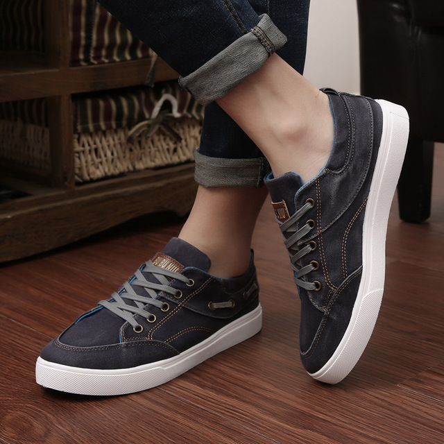 Canvas shoes men sneakers 2018 New Arrivals Spring fashion denim flat shoes men lace-up tenis skateboard men shoes