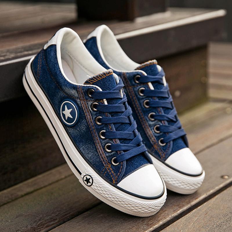 -1_0003_Women-Canvas-Shoes