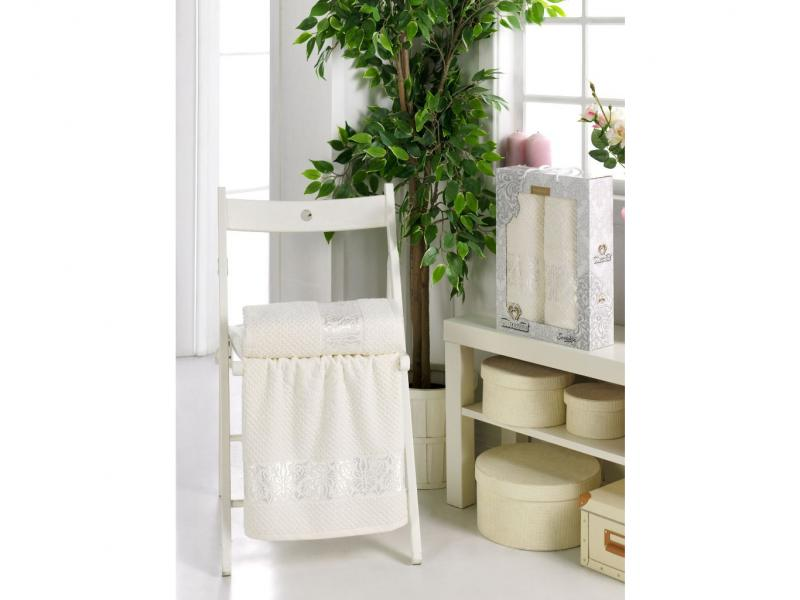 Towel set TWO DOLPHINS, Sevakin, 2 subject, cream two tone handle eye brush set 3pcs