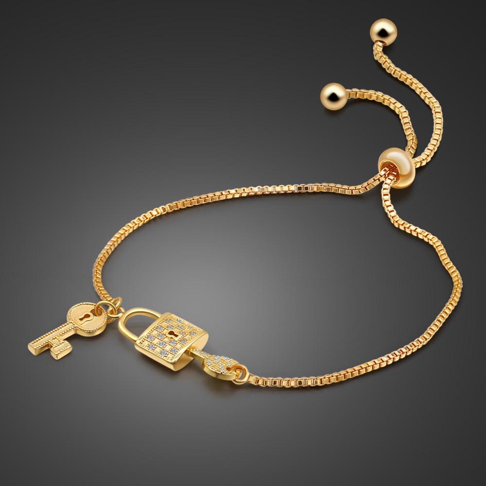 bracelet femme charm