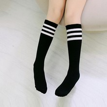 Милые носки до колена, подходят для От 1 до 12 лет, для маленьких девочек, в полоску, Простые Модные хлопковые детские носки без пятки для девочек-подростков