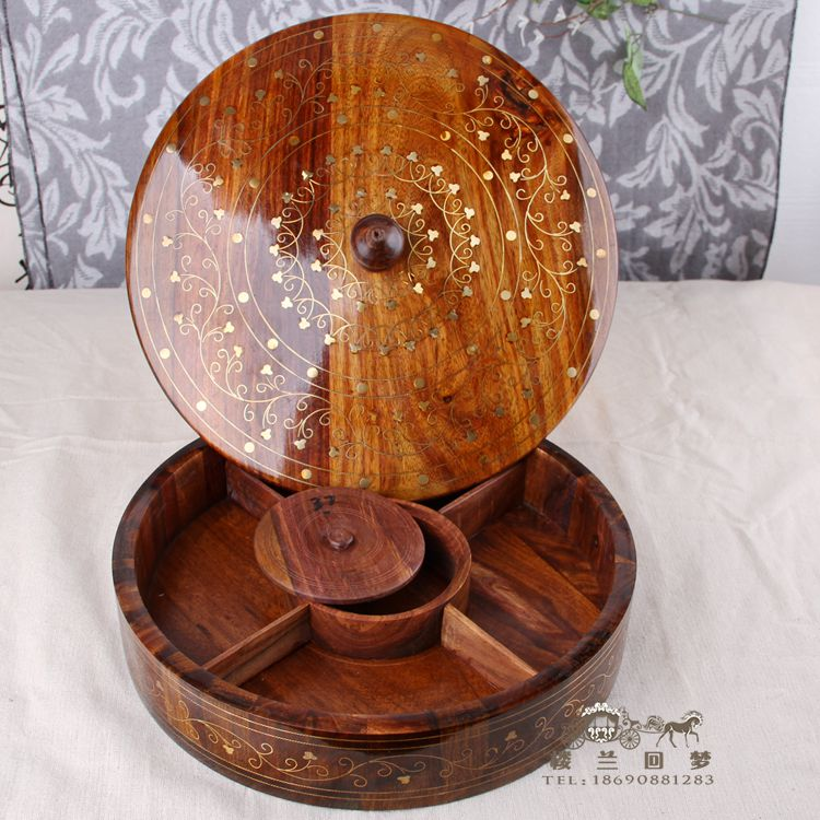 Western style wooden carving ruled lidded wooden box of dried fruit candy snack box of peanut