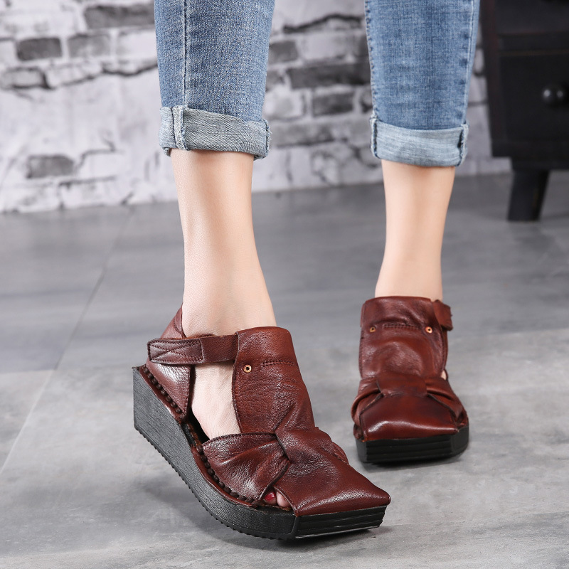 2018 summer new retro thick-soled women sandals square head hollow out female shoes leather Baotou sandal wedges