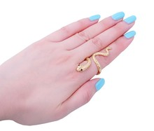 2017 Fashionable Gold Decorative pattern Crystal Snake Shaped Woman Ring Top Quality Party Jewelry R008