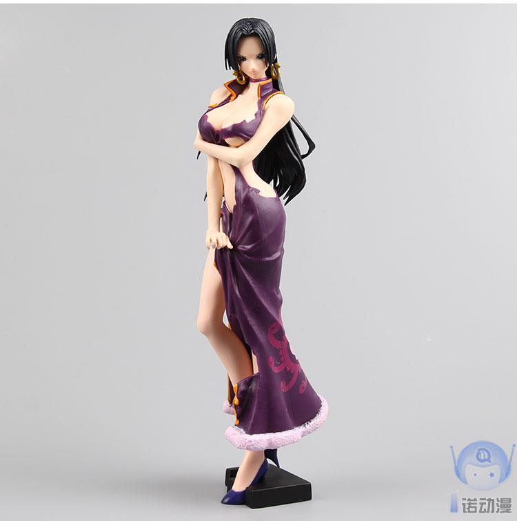 Action Figure One Piece Female Emperor Boa Hancock 25cm PVC Juguete OP Onepiece New World Toys Model Cartoon Doll Japanese Anime