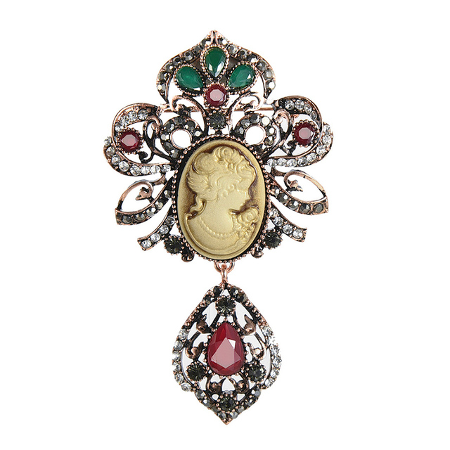 New Fashion Antique Gold Vintage Flower Brooch Pins Female Brand Jewelry Queen  Cameo Brooches Resin Crystal 69a0c754b5db