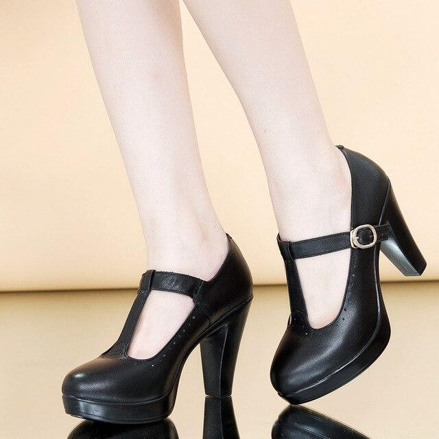 Nuevos zapatos encantadores de moda de mujer Zapatos de tacón medio con  hebilla en T zapatos a458d2300247