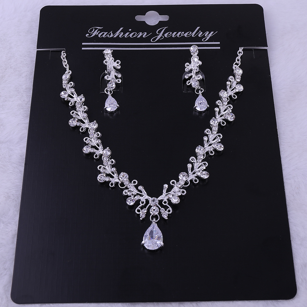 8 - Luxe Noble Feuille De Cristal, Bijoux De Mariée Strass Couronne Diadèmes Collier Boucles D'oreilles, Perles Africaines,