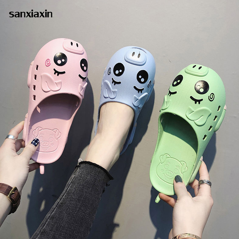 Sanxiaxin New Nurse Shoes Summer Breathable Slippers Hospital Medical Flat Non-slip Work Shoes PVC Hole Female Beach Sandals