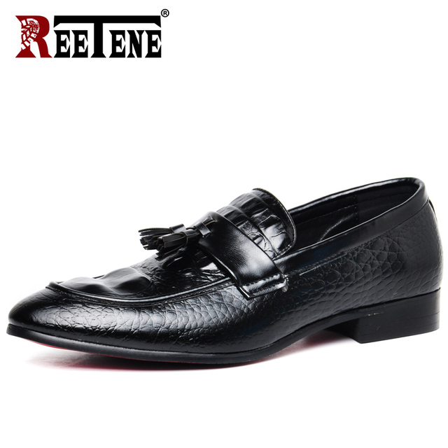REETENE High Quality Leather Crocodile Men Loafers 2019 New Driving Casual Shoes  Men Flats Plus Size Slip On Men Shoes Zapatos 0aa50a59cc5e