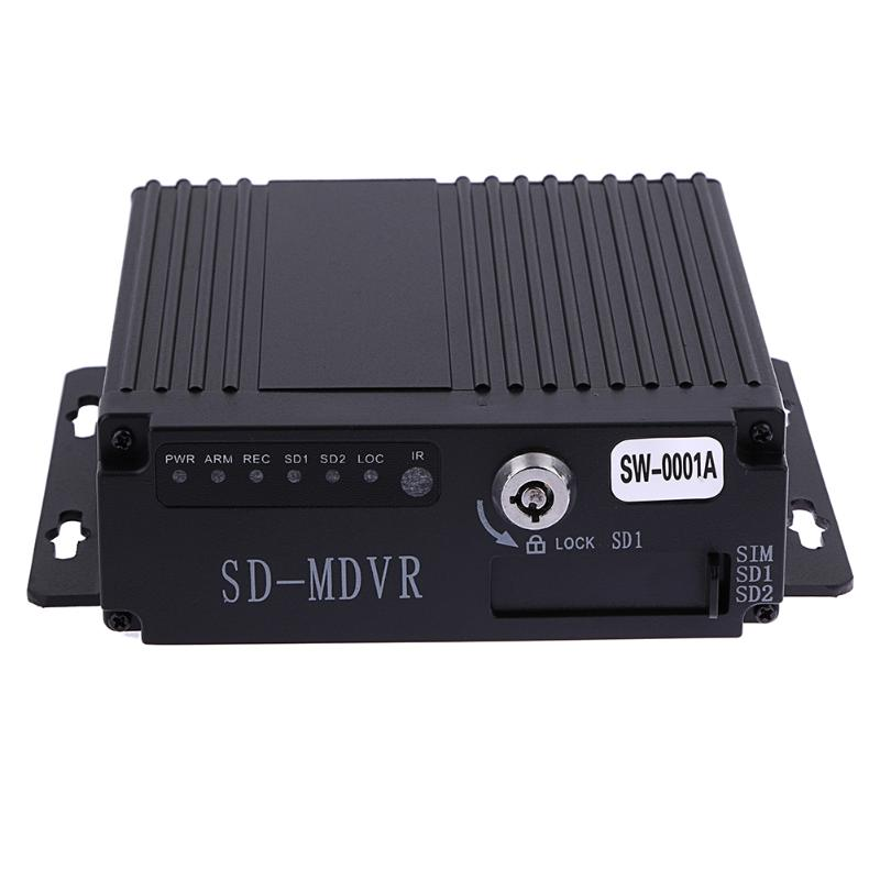 SW-0001A SD Remote HD 4CH DVR Realtime Video Recorder for Car Bus RV Mobile HD 4CH DVR High Quality DVR/Dash Camera цены