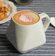 Кофейные чашки и кружки