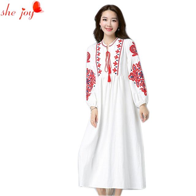 Vintage Frauen Kleider Boho Embrodery Maxi Kleid Weiß Edle Kleider Großen  Größe Vestido Femme Robe Lange e4268a8a75