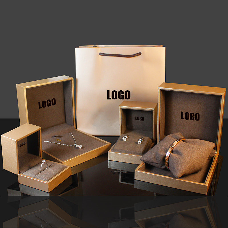 Wholesale Women Bracelet Boxes Case New Ladys' Wedding Ring Case Jewelry Package Gift Boxes Can Customize LOGO