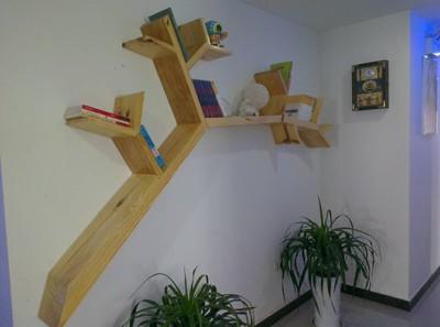 eenvoudige boom hout boekenkast plank wandplank wandplank decoratieve frame clapboard creatieve kast