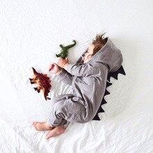 Cartoon Dinosaurier Design mit Kapuze Baby Strampler Neugeborenen Kleidung Baumwolle Langarm Overalls Jungen Mädchen Oberbekleidung Kostüm Baby Geschenk