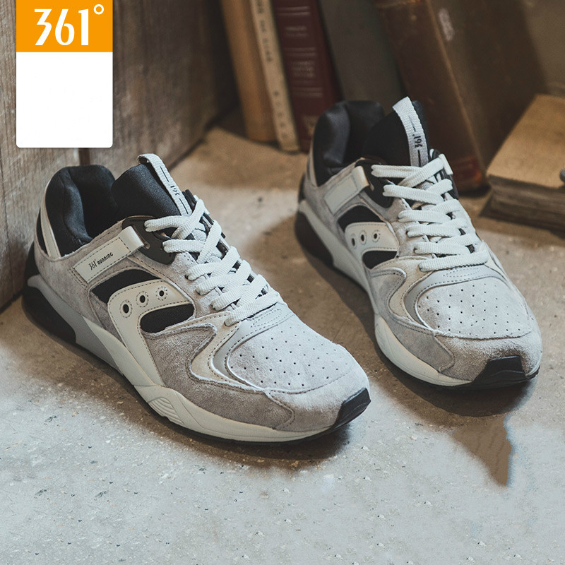 retro sport shoes