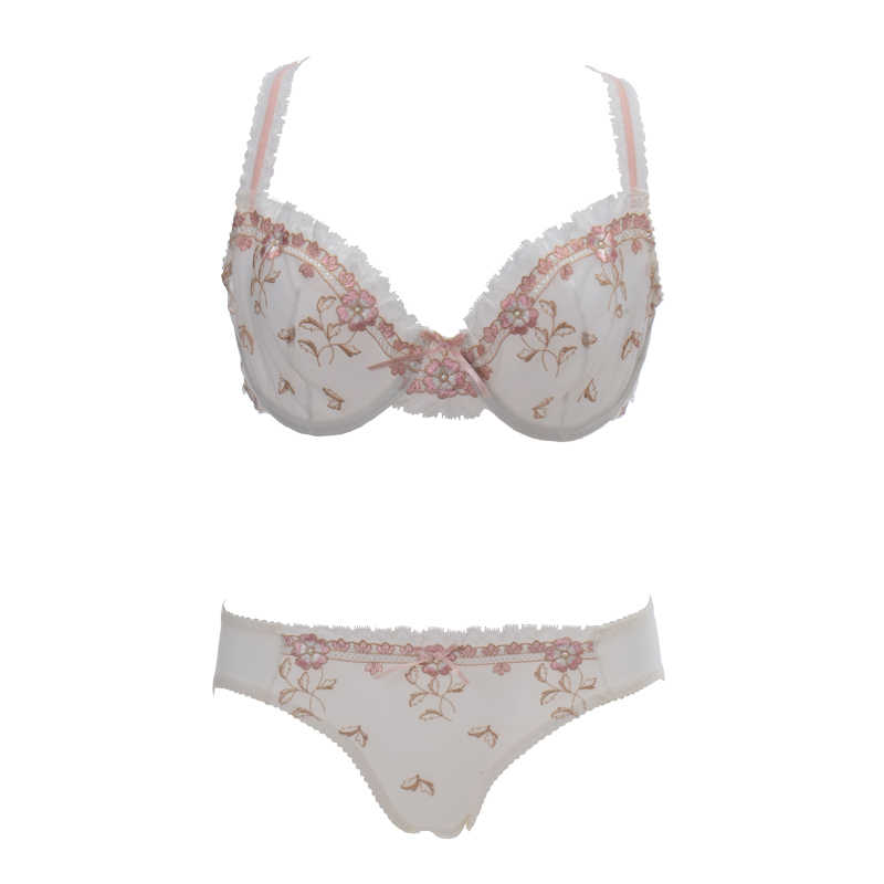 d08bdbe7ce17 ... Fashion embroidery bras underwear women set plus size lingerie sexy C D  cup Ultrathin transparent bra panties ...