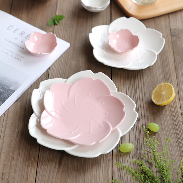 Ceramic Flower Shaped Drinkware Set