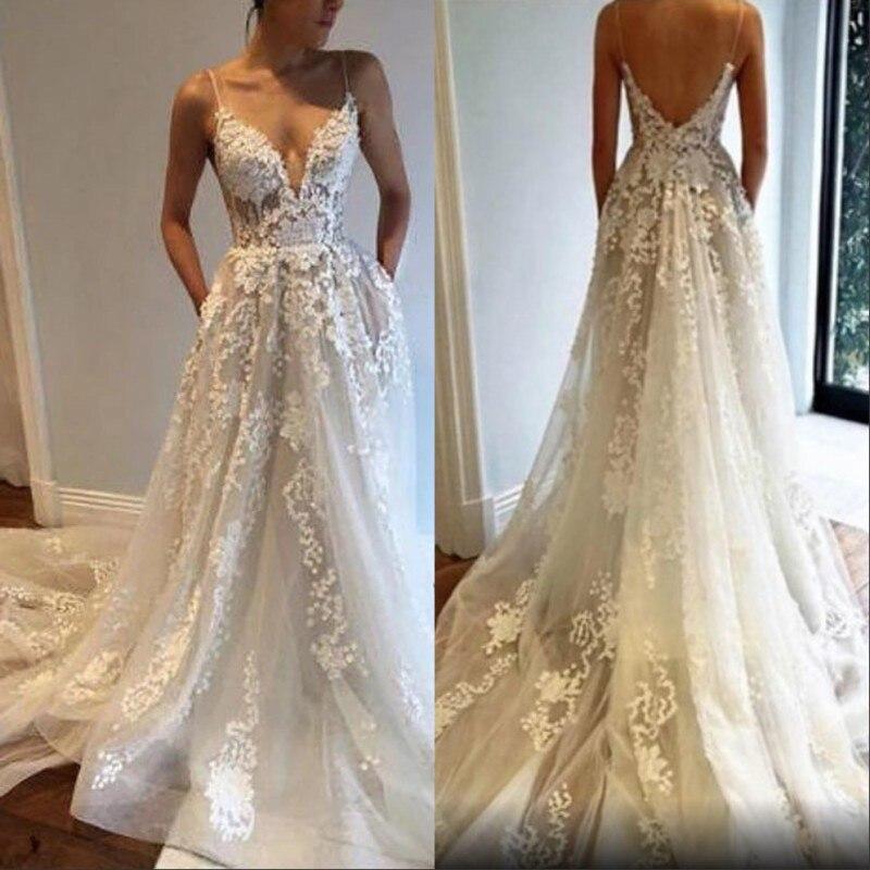 Newest Spaghetti Straps Floor Length A Line Tulle Lace Applique Wedding Dresses Court Train Lace Bride
