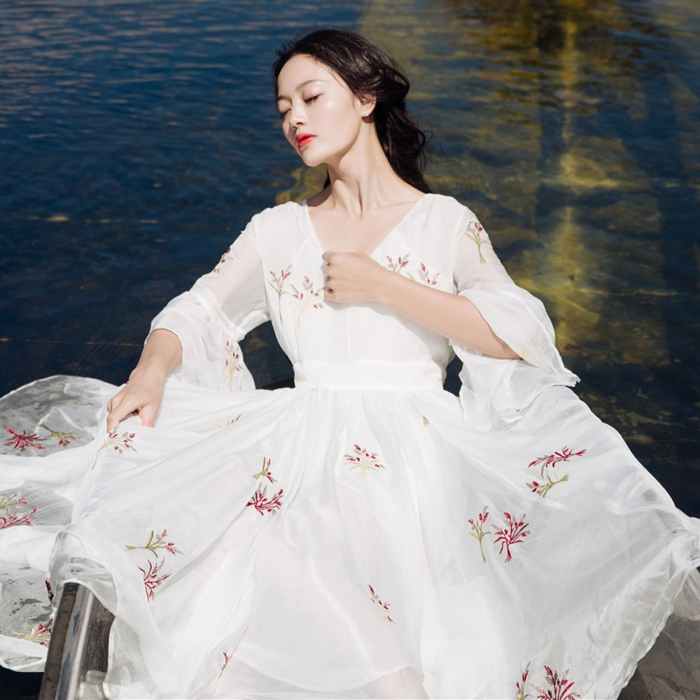 Free ship 100 real white chiffon flare sleeve embroidery victorian long dress medieval Renaissance princess Marie